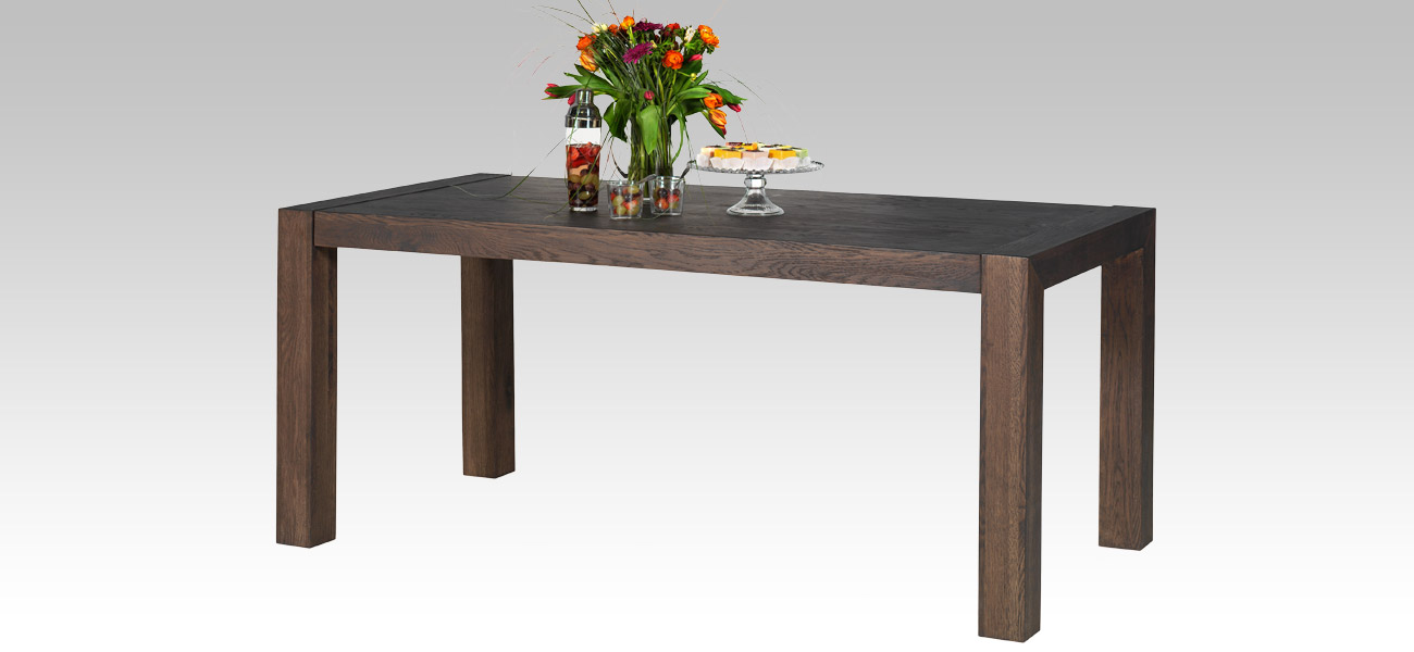 Quality livingroom furniture for sale in cape town for Dining room tables the range